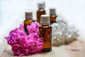 Fiolki z ekologicznymi olejkami