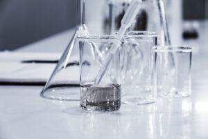 Laboratorium - odkrycie radu i polonu